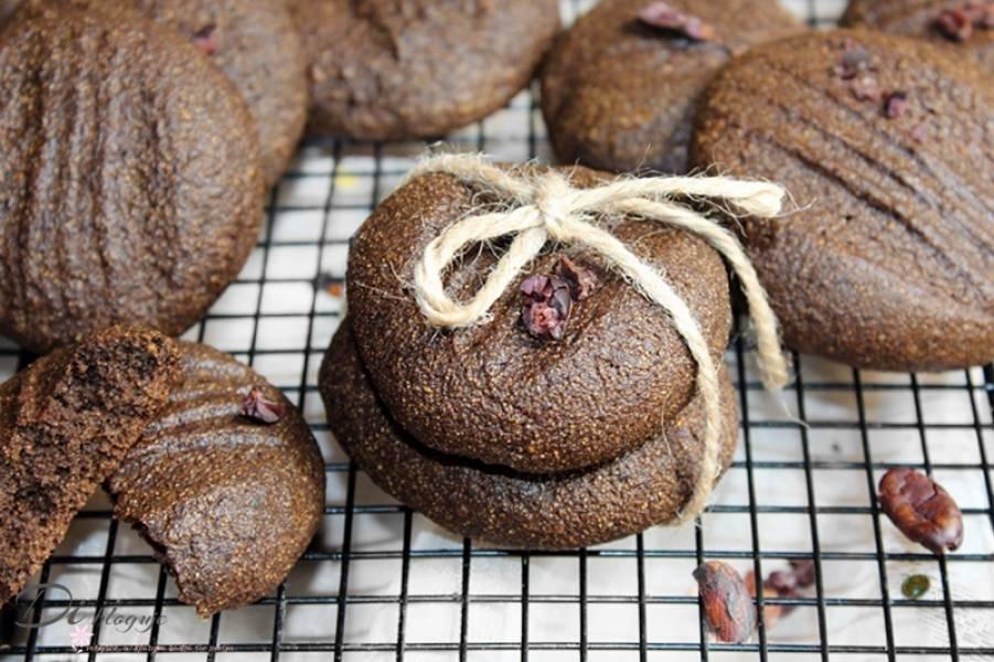 Ciasteczka orkiszowe z kaszą manną i kakao słodzone melasą