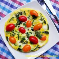 Ziołowy omlet z cukinią i mozzarellą