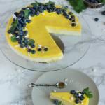 Cytrynowy sernik na zimno z borówkami