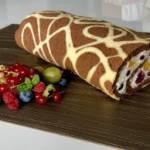 Rolada żyrafa z owocami
