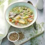 Zupa koperkowa z kaszą gryczaną białą