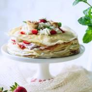 Tort naleśnikowy śmietankowo-truskawkowy
