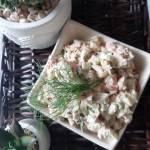 Sałatka z tuńczyka i prażonej cebuli