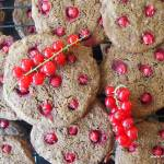 Ciasteczka czekoladowe z czerwoną porzeczką