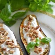 Pieczony bakłażan z orzechami włoskimi