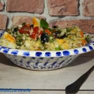 Sałatka z kaszą jaglaną, awokado i pomidorami