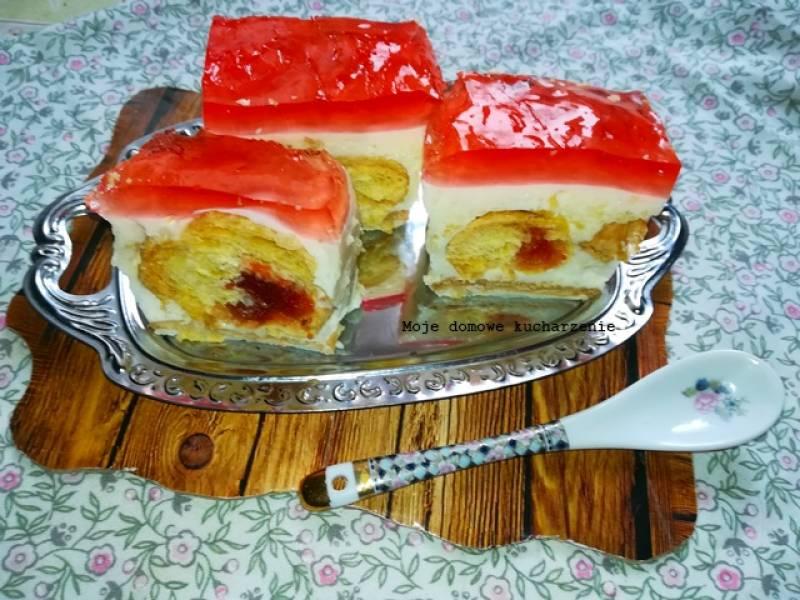 Ciasto bez pieczenia z rogalikami