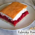 Fit ciasto z porzeczką i bezową pianką