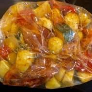 Karkówka z warzywami pieczona w rękawie