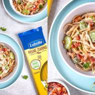 Spaghetti z bobem i boczkiem w kremowym sosie