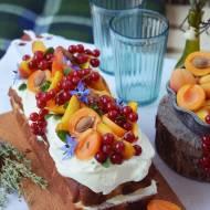 Wakacyjne ciasto maślane z owocami