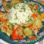 kasza jaglana z warzywami i piersią kurczaka na ostro...