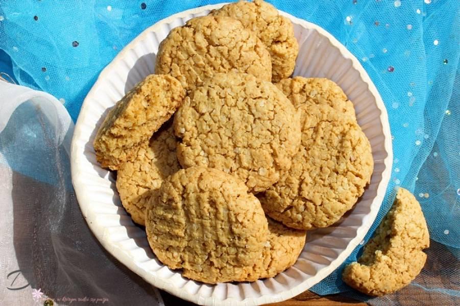 Ciastka z masła orzechowego i płatków jaglanych (bez glutenu, mąki i cukru)
