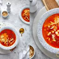 Zupa pomidorowa ze świeżych pomidorów z fasolą