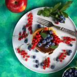 Jabłkowe panckes z sosem czekoladowym