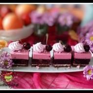 Ciasto z musem wiśniowym