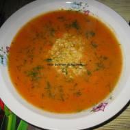 Zupa pomidorowa na masełku z ryżem