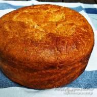 Chleb orkiszowy na zakwasie pieczony w garnku