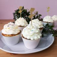 Muffiny cytrynowe z lekkim kremem cytrynowym