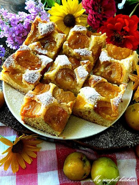 Ciasto miodowe z renklodami