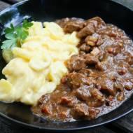 Amerykański gulasz i ziemniaki serowe , pomysł na obiad
