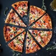 Piec do pizzy - najważniejsze wyposażenie pizzerii