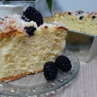 Najlepsze ciasto drożdżowe z owocami i kruszonką