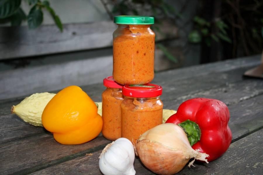 Pasta z pieczonych warzyw do słoików na zimę