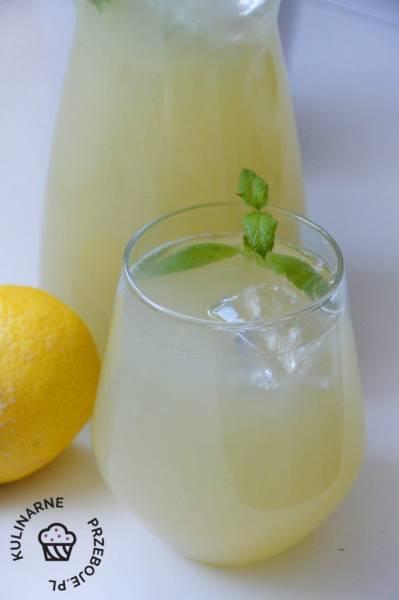 Lemoniada z pomelo i cytryn