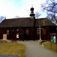 Zabytkowy drewniany kościół w Korczewie woj. łódzkie