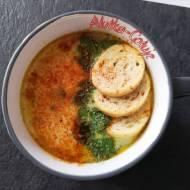 Zupa serowa z chorizo