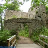 Ruiny zamku Bolczów w Janowicach Wielkich woj. dolnośląskie