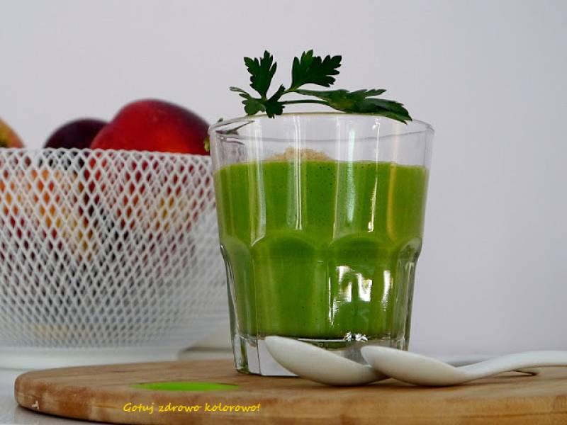 Koktajl z zielonej  pietruszki