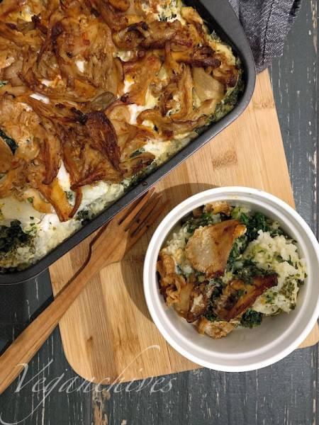 Zapiekany ryż ze szpinakiem i boczniakami