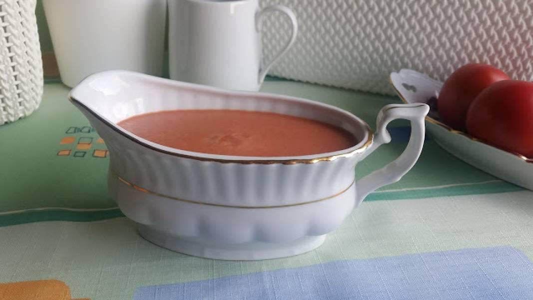 Ekspresowy sos pomidorowy do gołąbków