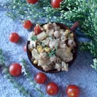 Kurczak mieszany z ryżem i warzywami