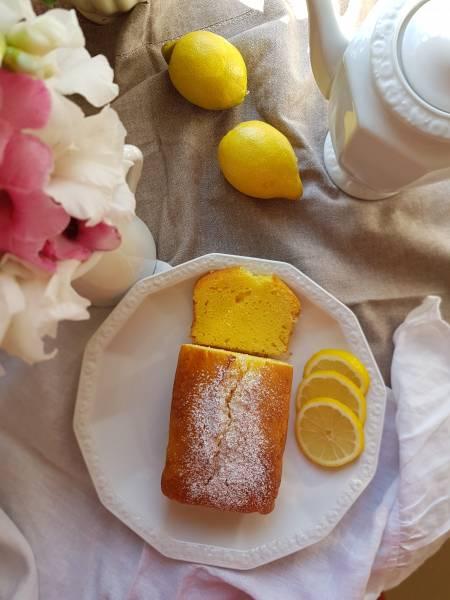 Słoneczne ciasto cytrynowe