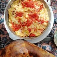 Azerbejdżan - Jajecznica z pomidorami (Pomidor-Yumurta)