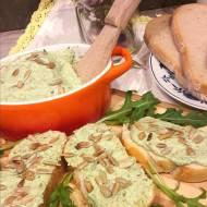 Pasta z prażonego słonecznika i rukoli
