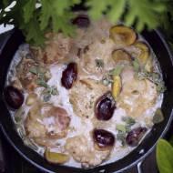 Bitki wieprzowe w sosie ze śliwkami