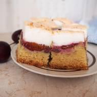 Ciasto ucierane ze śliwkami i bezą