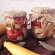 Pikle warzywne do słoików na zimę
