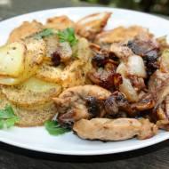 Udka z pieczarkami i pieczone ziemniaki,pomysł na obiad