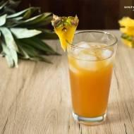 Jager na tropikalnej plaży - drink o bazie duetu Jagermeistera z rumem