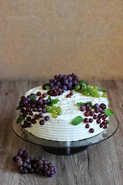 Tort z winogronami