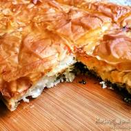 Zapiekanka z ciasta filo z serem feta i szpinakiem