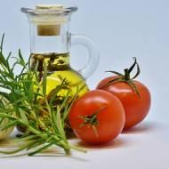 Oleje smakowe. Wiesz jak przechowywać i używać?