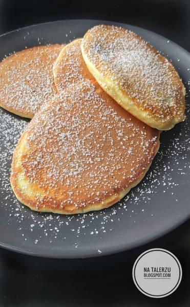 Puszyste placuszki na śniadanie bez miksera