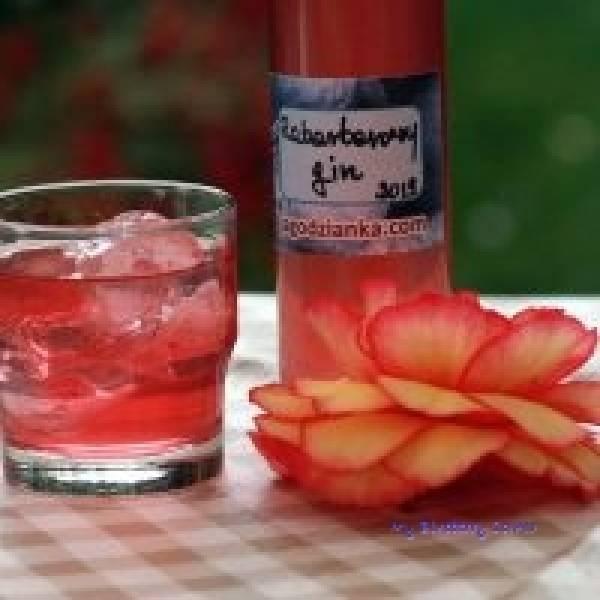 Rabarbarowy gin