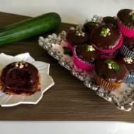 Czekoladowe muffinki z cukinią